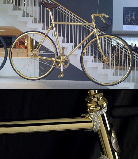 Bicicletta completamente in oro e cristalli Swarovski