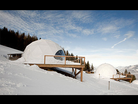 Whitepod lo Ski Resort Svizzero con tanto di Igloo!
