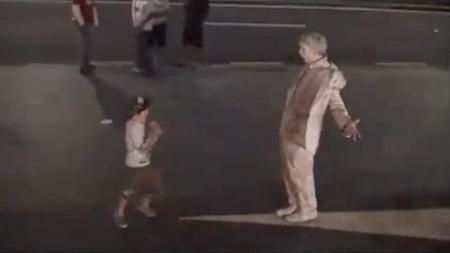 Il video che spopola su YouTube