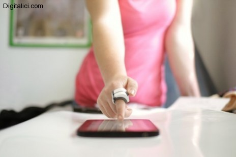 Ringbow : il futuro modo di interagire facilmente con i touchscreen !!!