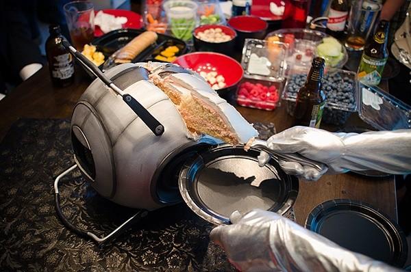 <!--:it--></noscript>Un' incredibile torta ispirata a Portal 2!