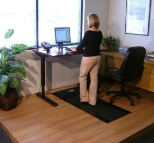 Mantenersi in forma stando alla scrivania