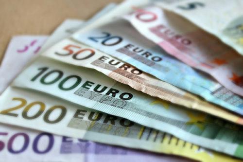 Banconote false: ecco come riconoscerle